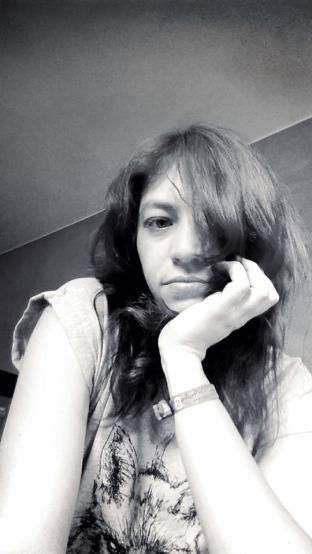 7sins-karlathefox-selfie