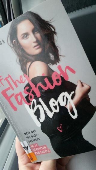 fashion-blog-book