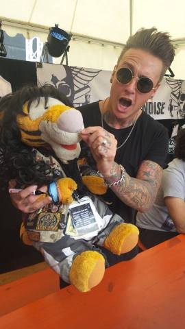 metal tigger jacoby shaddix