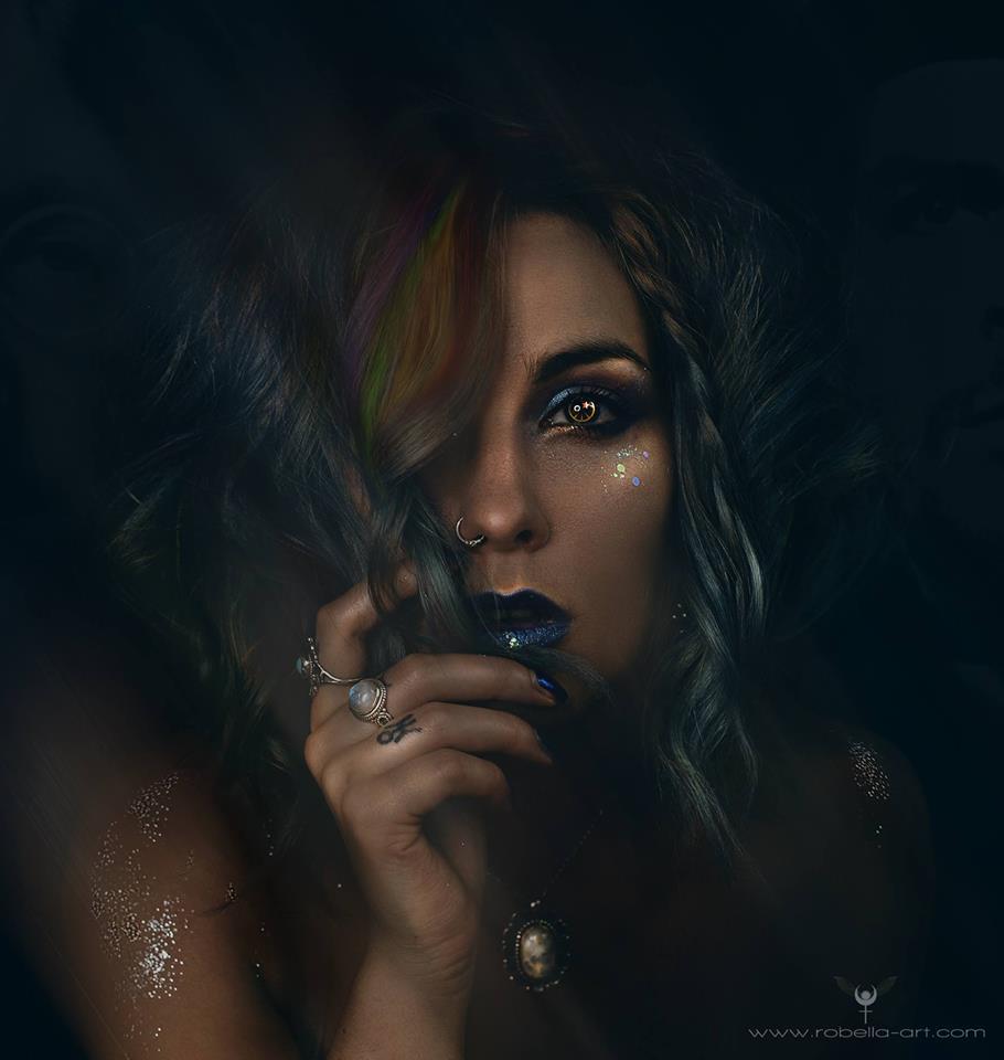 robella_selfportrait