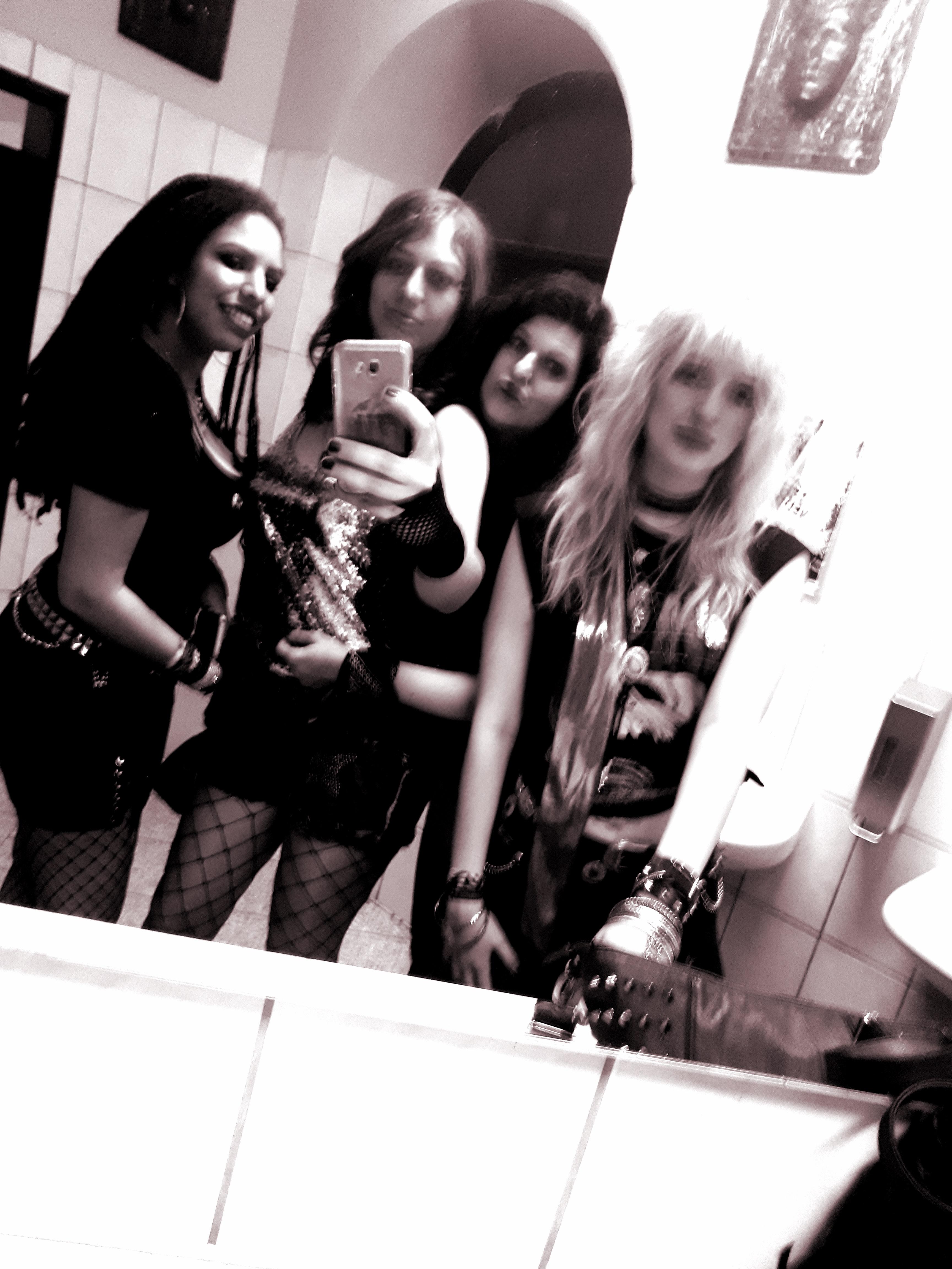 Sleazefest_girls