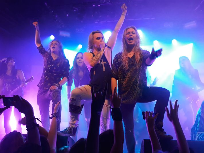 crashdiet_shiraz