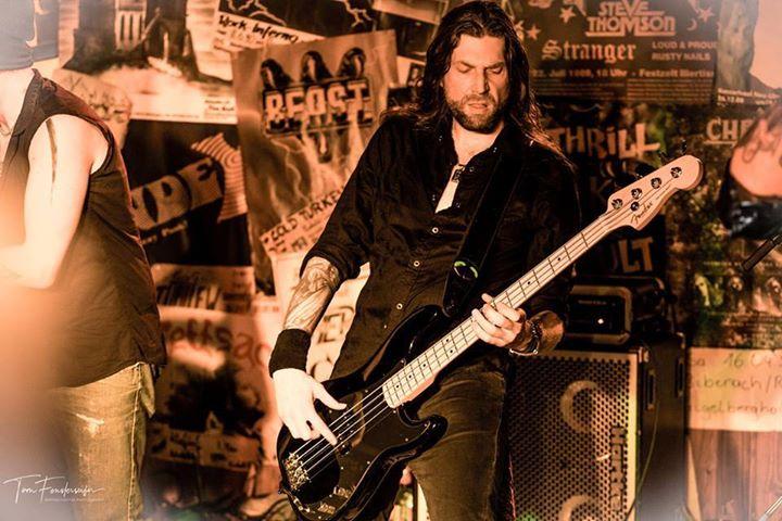 nippon_gitarrist